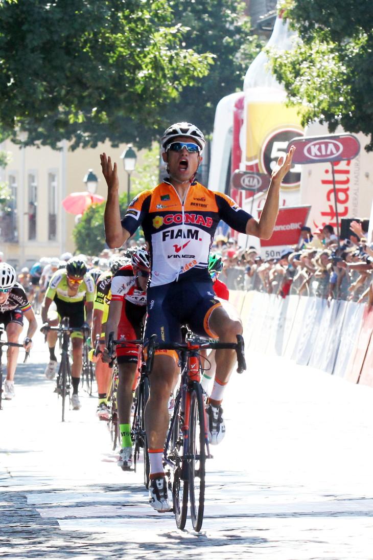 Davide Vigano  arrasador em seu sprint em Fafe