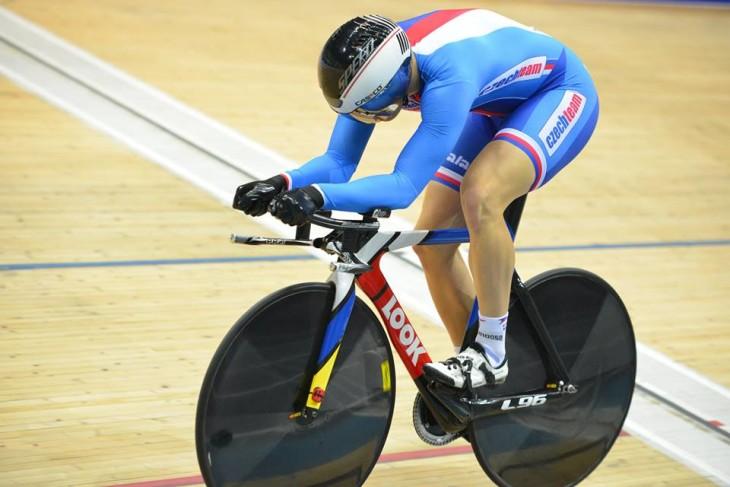 Jiri  Janoseck em seu último ano como júnior conquista o bi-campeonato no Km contra-relógio foto: © UCI