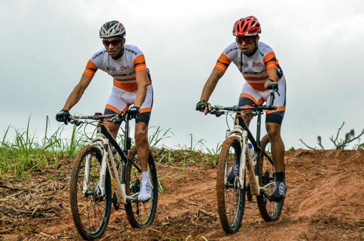 Dupla de paraciclistas fez preparação específica para o Brasil Ride