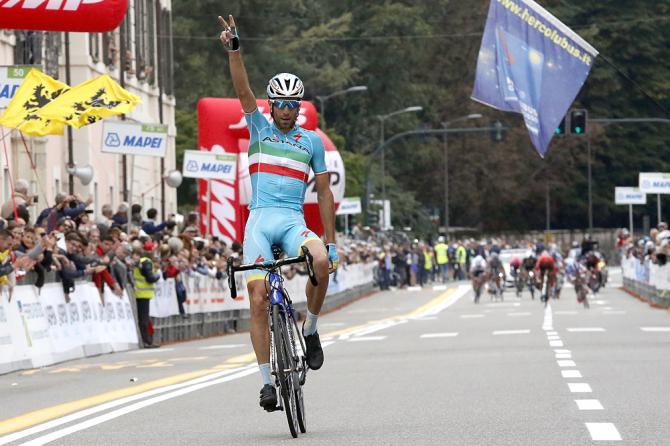 Destacado do pelotão Nibali vence a última prova do Trittico Lombardo. Foto: Bettini