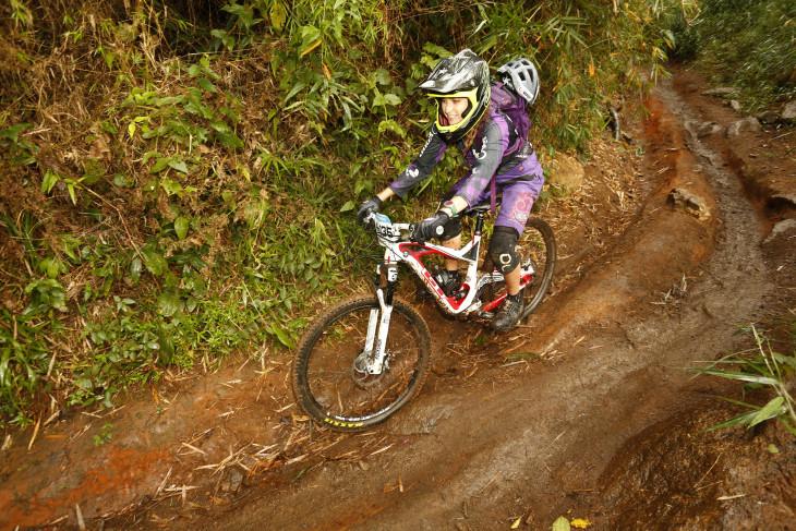 Bia Ferragi ocupa a 2ª posição no Brasil Enduro Series foto: Ximit/BES