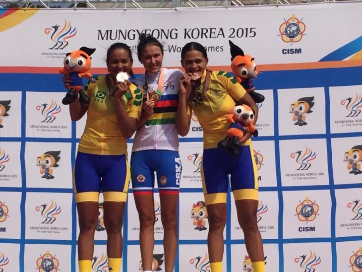 As irmãs Clemilda e Janildes Fernandes conquistam a prata e o bronze na prova de estrada. Foto; divulgação