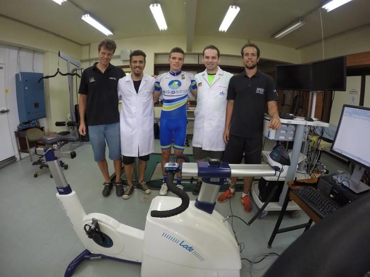 Equipe que acompanhou os testes de ...... foto: arquivo pessoal/Fabio Lanferdini