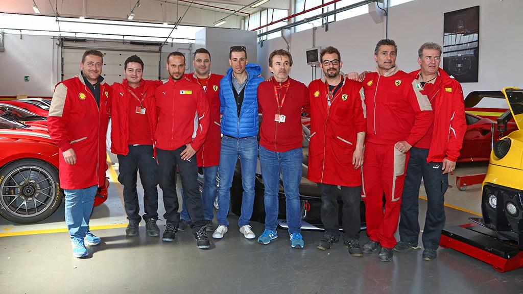 Nibali e os técnicos da Ferrari