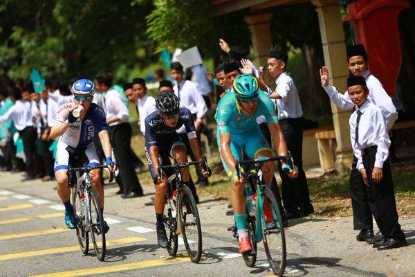 De Vresse/Astana, Gong Huo Suk e Putt comandaram a fuga