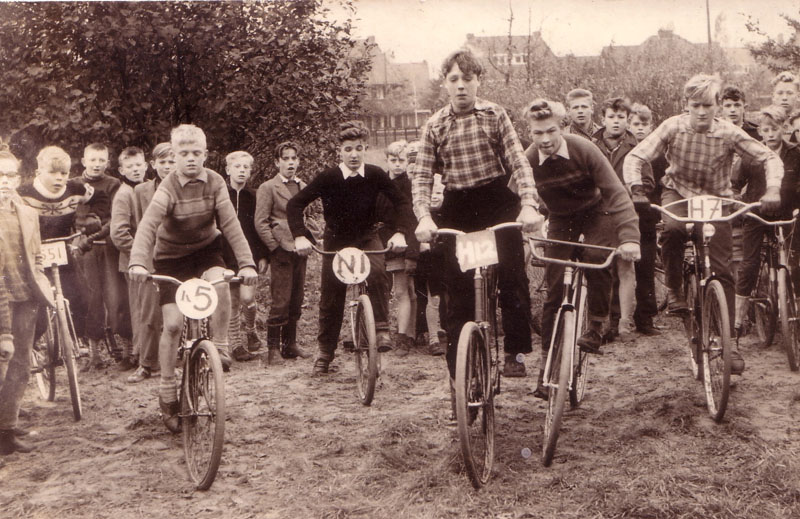 bmx history___bmx_in_holland_in_the_late_1950s_seen_here_nr._5_ton_van_heugten