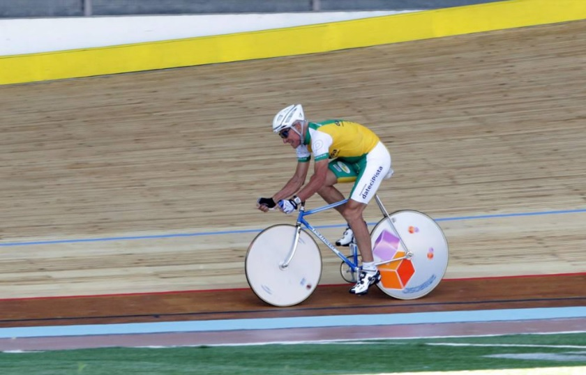Francesco Moser com a mesma bicicleta usa em 1986 para o Recorde da Hora