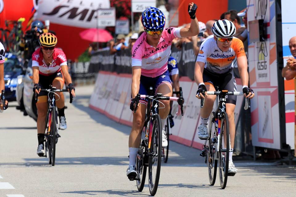 Megan Guarnier comemora o título na úlçtima etapa do Giro Rosa -