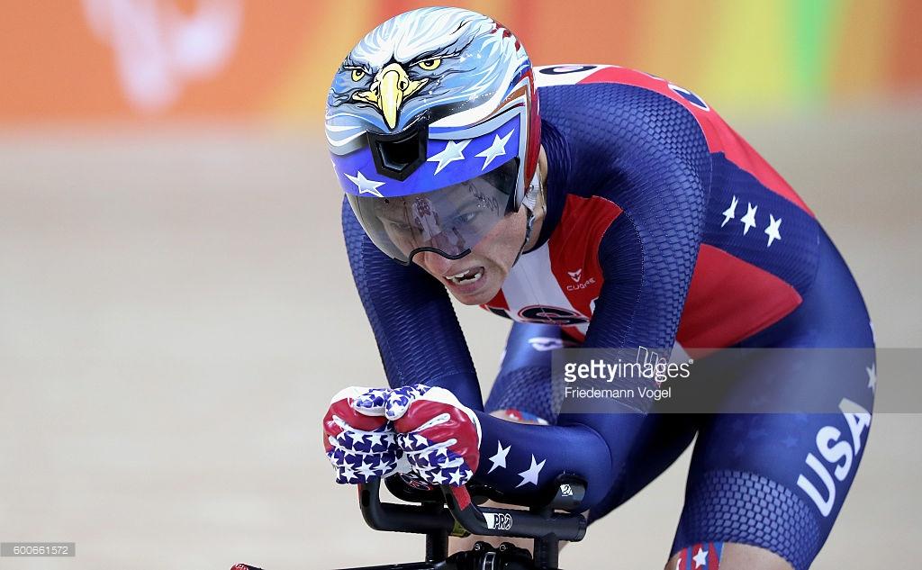 Shawn Morelli Shawn Morelli dos EUA compete no C4 3000m busca individual ciclismo de pista das mulheres no dia 1 dos Jogos Rio 2016 Paraolímpicos no Velódromo Olímpico em 08 de setembro de 2016 no Rio de Janeiro, Brasil. (Foto por Friedemann Vogel / Getty Images)
