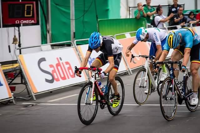 Steffen Warias conquista o ouro da classe C1-2-3 no sprint - foto: